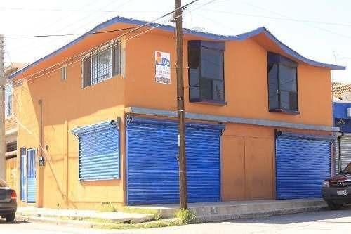 Se Venden Departamentos Con Local Comercial En Junta De Los Ríos.