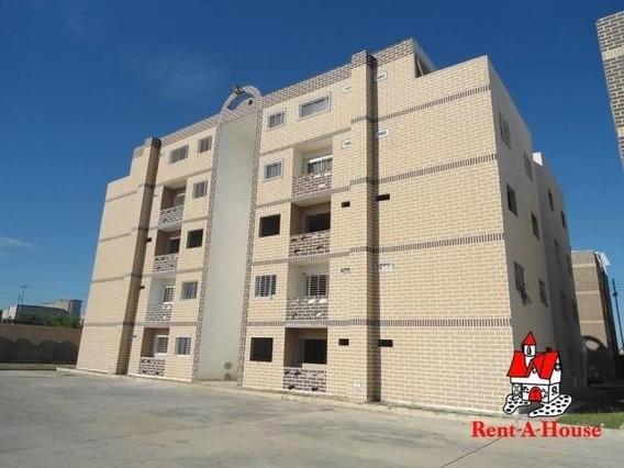 20-3054 Apartamento En Venta Urb La Cienaga Maracay/ Wjo