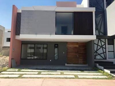 Casa En Venta, Solares Fontee