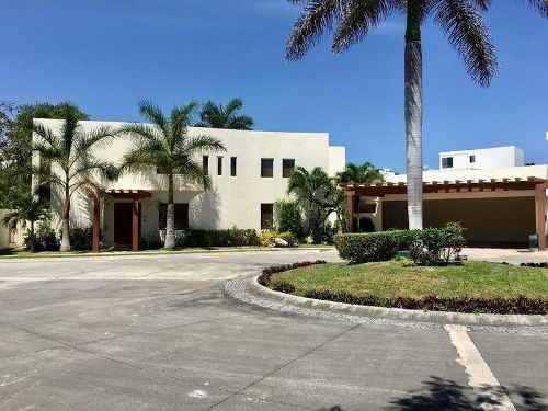 Casa De Lujo En Venta 4 Recamaras Con Alberca Villa Magna Cancun