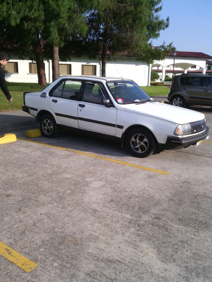 Renault 18gtl 1400 Tres Pernos Con Todo Funcionando Y Papel
