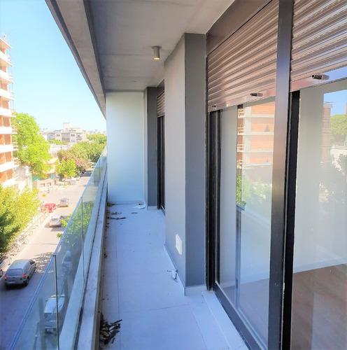 -apartamento Un Dormitorio, Balcón En Cordón Sur.