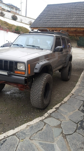 Imagen 1 de 8 de Jeep Cherokee 4.0 Sport 1999