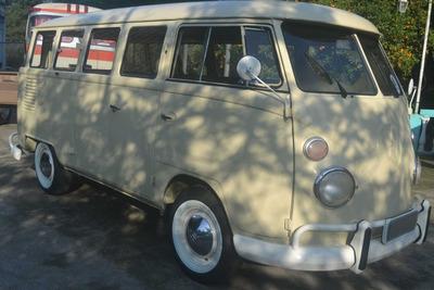 Volkswagen Kombi Corujinha 1975
