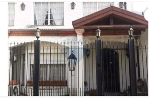 Venta Chalet 6 Ambientes En La Cafayate  4800.caba
