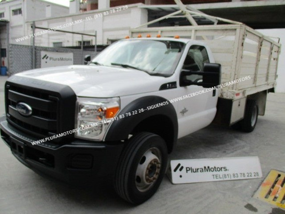 Ford F-550 2016 Automático Turbo Diésel Estaquitas $529,000