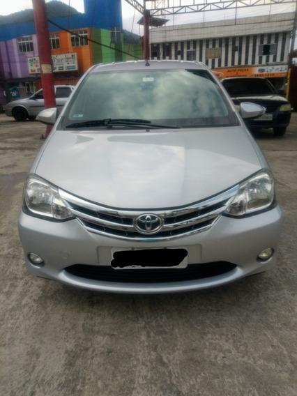 Toyota Etios 1.5 Sedã Platinum