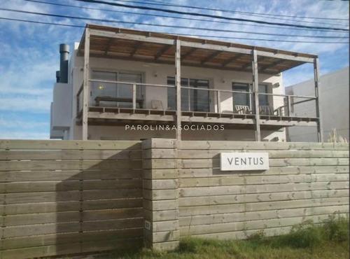 Casa En Venta De 3 Dormitorios En Punta Del Este , Manantiales - Ref: 3814