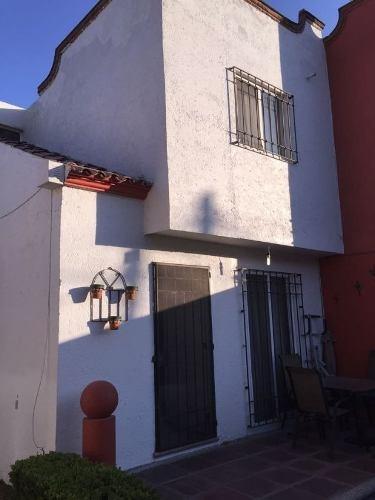 Casa En Privada En Lomas De Jiutepec / Jiutepec - Ber-1-654-cp