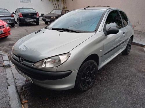 Peugeot 206 2002 1.0 16v Selection 3p
