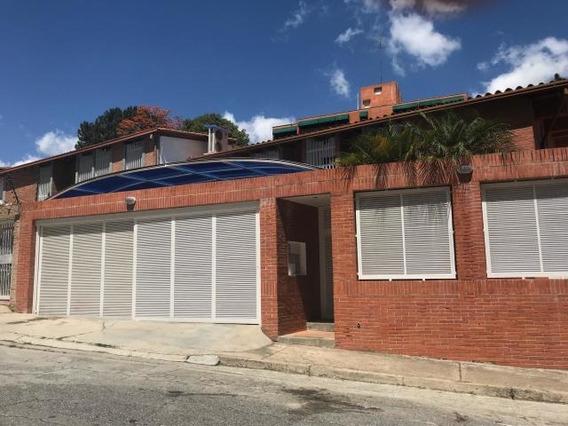 Casas En Venta Los Naranjos Del Cafetal 19-6916