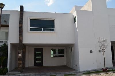 Se Vende Casa En Zavaleta Excelente Precio