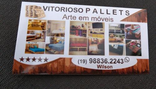Imagem 1 de 2 de Vitorioso Pallets Móveis De Paletes Sobre Encomenda