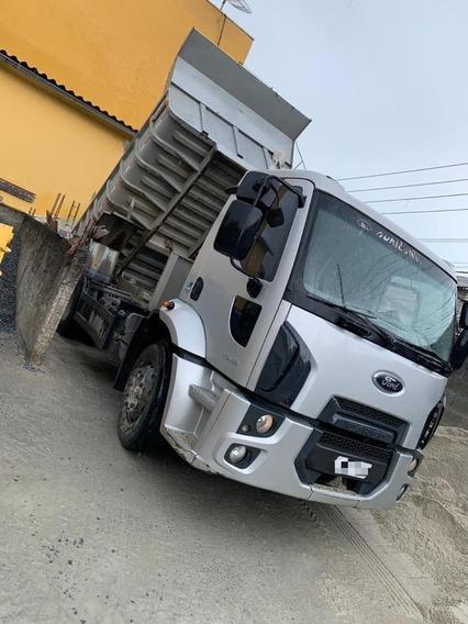 Ford Cargo 1519 (4x2) Caçamba 2014