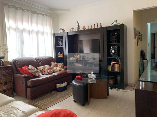 Casa Térrea Com 3 Dormitórios E 2 Suítes Na Vila Santa Clara - Ca0032