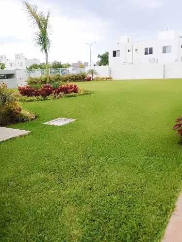 Casa En Renta 3 Recamaras En Paseo Los Olivos Con Alberca Semiolimpica P3157