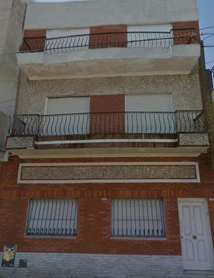 Casa De 3 Habitaciones Y 3 Banos En 3 Plantas Quincho