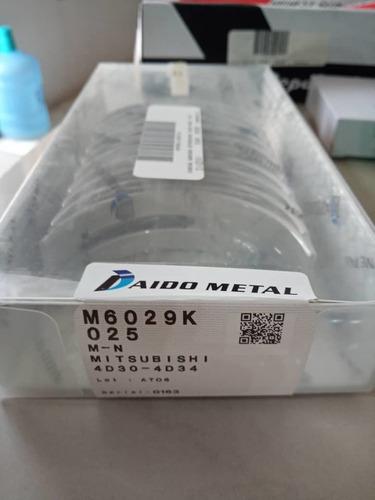 Conchas De Bancada De Mitsubishi Canter 444/4d34/t  Fuso