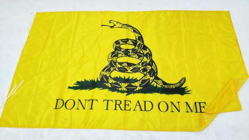 Bandera Libertaria Gadsden Don't Tread On Me 120 X 70cm