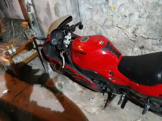 Suzuki Gsf 900cc