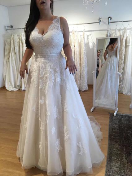 Vestido De Noiva Usado Uma Unica Vez- Noiva Nas Nuvens
