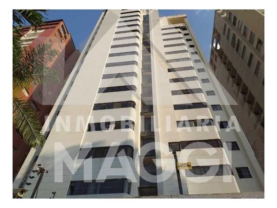 Inmobiliaria Maggi Alquila Apartamento En Av. Bolivar