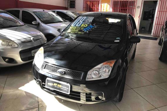 Ford Fiesta 1.0 Hatch 2008 (flex) (preto)