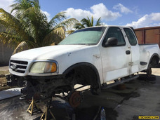 Chocados Ford Pick-up 4x4 - Automatico