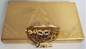Poseira Antiga Em Metal Dourado Com Espelho E Fecho Decorado