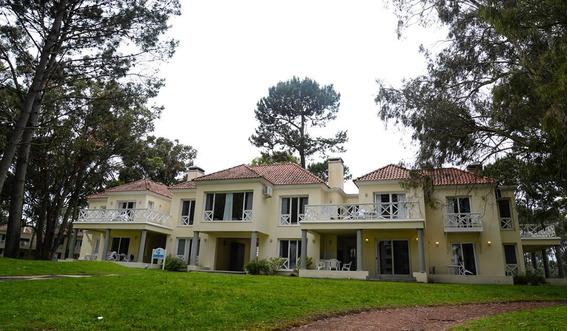 Solanas Forest Resort .4°sem Año (enero) Temporada Roja