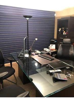 Funcional Y Amueblada Oficina