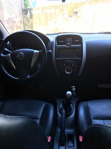 Imagem 1 de 10 de Nissan Versa 2016 1.6 16v Sl Flex 4p