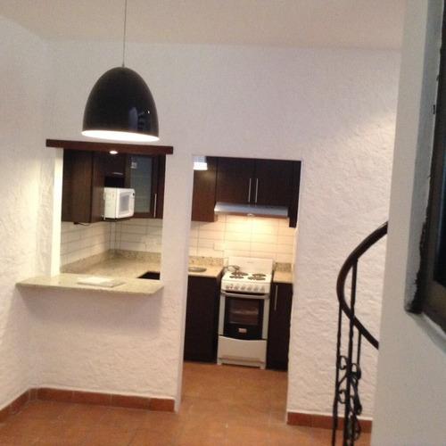 Imagen 1 de 5 de Apartamento En Renta Zona 15 Vista Hermosa Semi Amueblado
