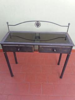 Mesa Recibidora, De Hierro Y Vidrio