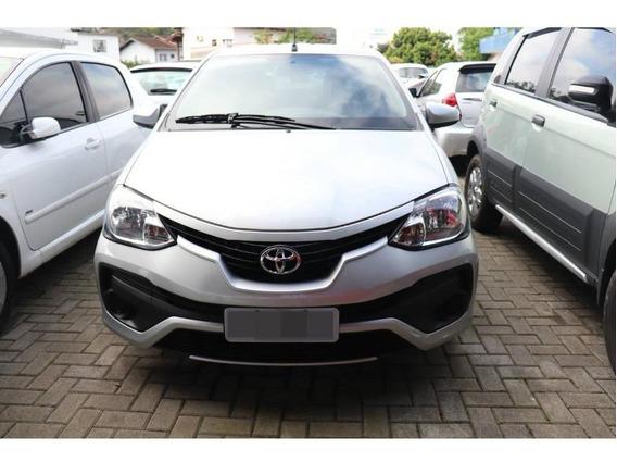 Toyota Etios Sedan X 1.5