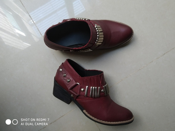 Botas Texanas Divinas Talle 38 Color Bordo.