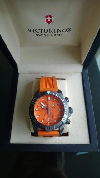 Relógio Victorinox Swiss Dive Master 500