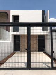 Casa Funcional Para Tu Estilo De Vida, Seguridad Y Ubicacion