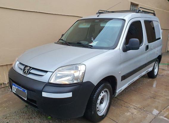 Peugeot Partner Furgon 5 Plazas Hdi 92