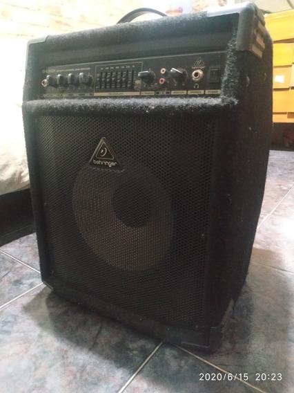 Amplificador De Bajo Behringer Bxl 900a