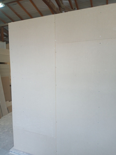 Imagem 1 de 5 de Instalação De Paredes Forros Divisórias Em Drywall