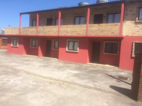 Seis Casas Para Venda Em Condomínio Com Ótimo Preço Em Rio G - 1239
