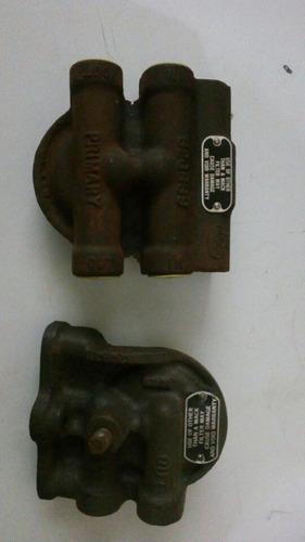 Bases Para Filtros De Combustible Mack R600
