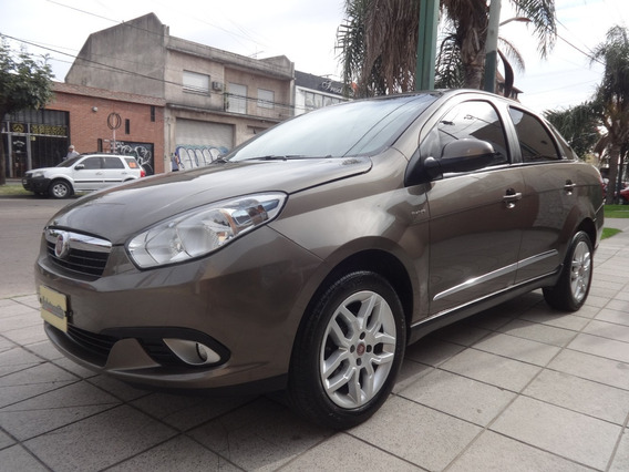 Fiat Grand Siena Essence Dualogic 1.6 { Excelente ]