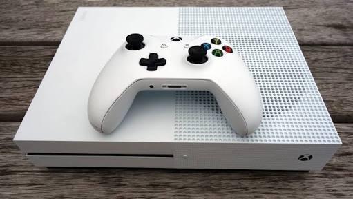 Xbox One S 500gb Hdmi + 2 Controles