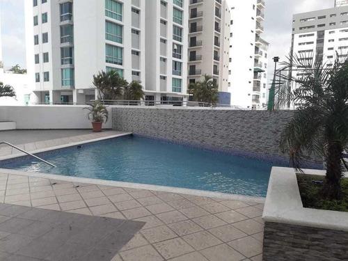 Venta De Apartamento Amoblado En Ph Vision Tower, 20-3112gg
