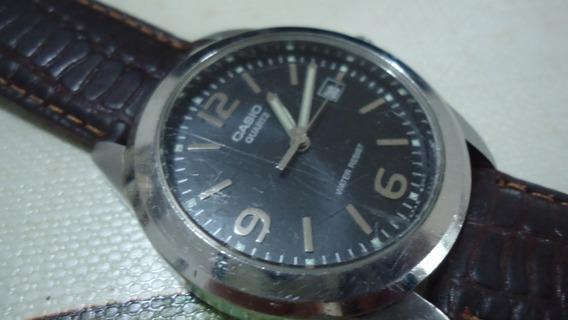 Relógio Casio Water Resistant Em Bom Estado Funcionando