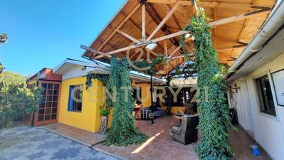 Casa Con Aptitud Comercial A Pasos De La Alameda.