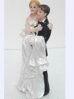 Topo De Bolo Casamento Noivinhos Em Resina