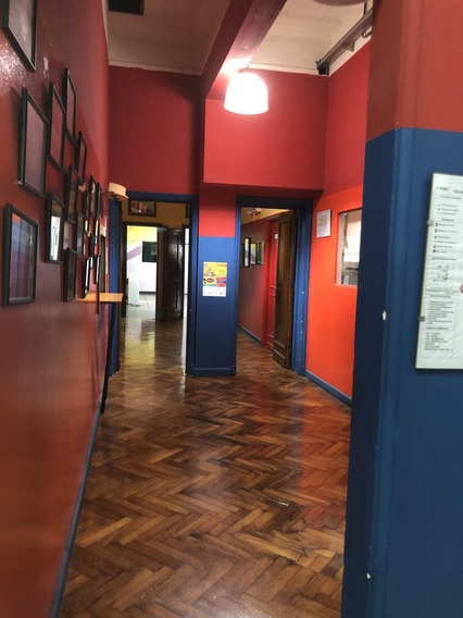 Institución Educativa - Oficina - Once
